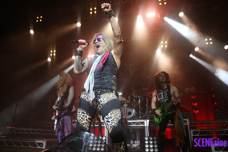 SteelPanther13