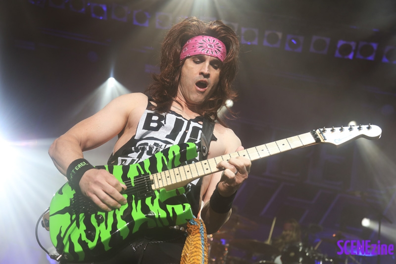 SteelPanther23