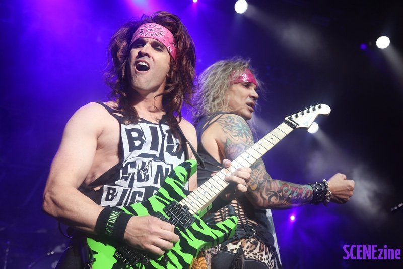 SteelPanther26