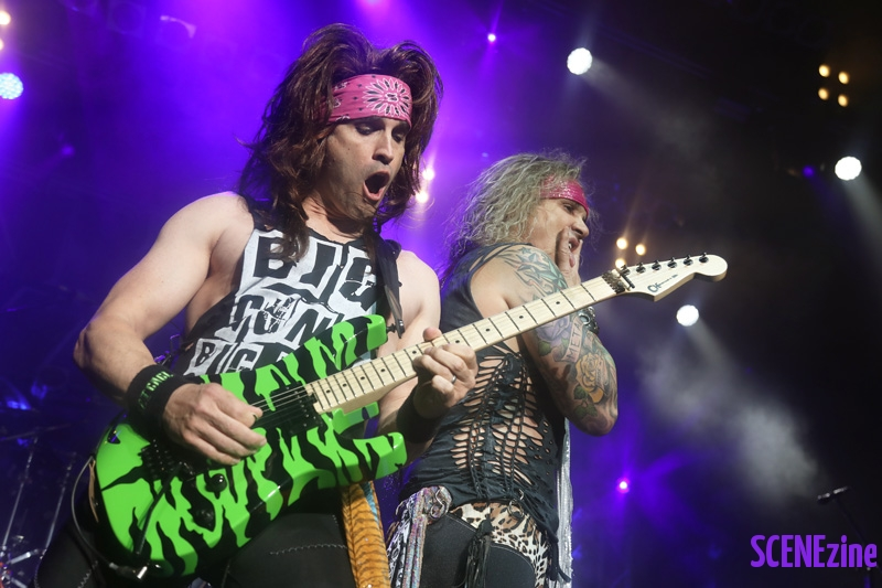 SteelPanther27