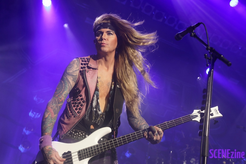 SteelPanther28
