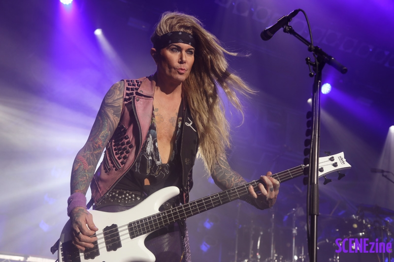 SteelPanther29