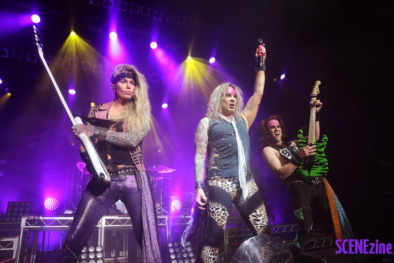 SteelPanther33