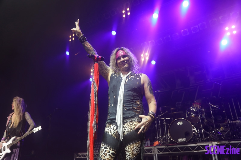 SteelPanther40