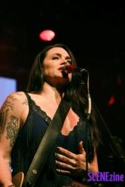VanessaAmorosi12